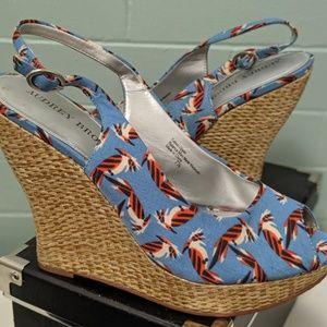 7 1/2 Audrey Brooke Summer wedge heels